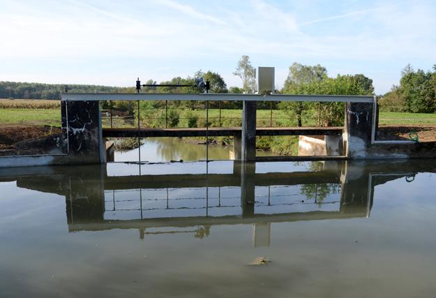 vanne-riviere-guillotine-menthon-finale-vue-avant